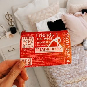 Lululemon card pouch